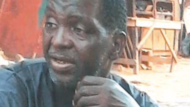 Photo of Le chef de famille succombe après avoir inhalé du gaz lacrymogène