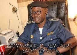 Photo of Le TRISTEMENT CÉLÈBRE 《MARAKA》ALIAS le BOURGEOIS, parrain de drogue au arrêt :                                                                 Il propose 5 millions de francs CFA au Compol Tomoda