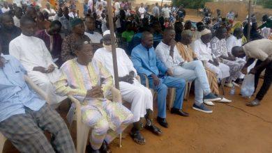 Photo of La population de Koulouba dit non à la délocalisation de l'école de koulouba, l'asacome et la mairie.